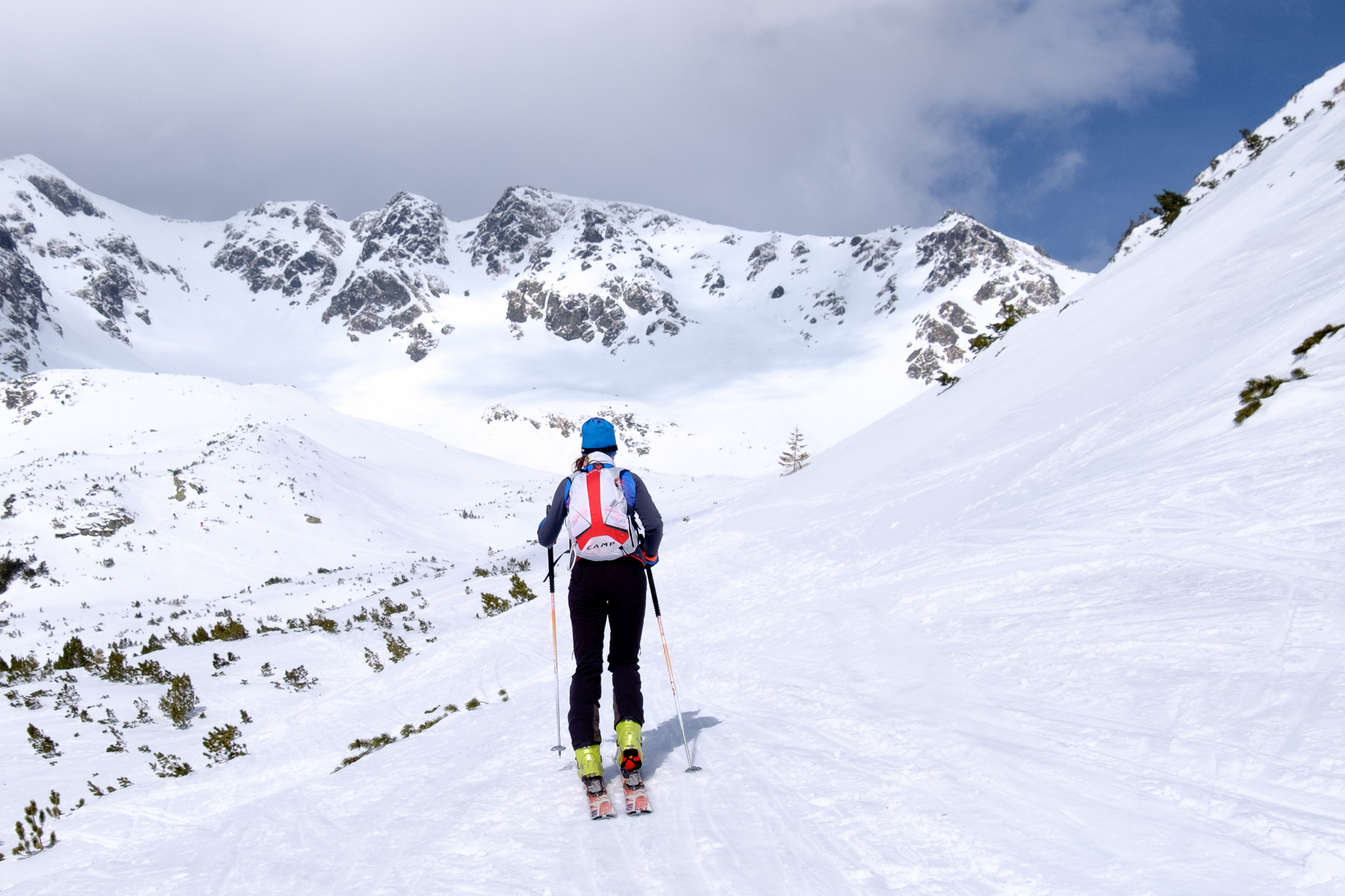 Dolina Żarska, skitury